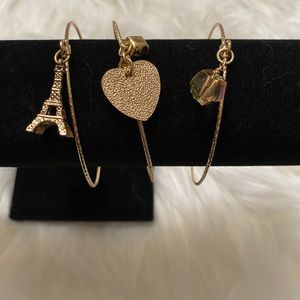 PARIS! Set of 3 gold bangle bracelets